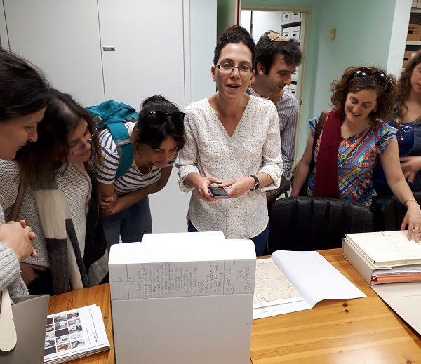 """קבוצת מורים, חברי צוות אזור המרכז מתכנית """"בארי"""", מכון הרטמן, ביקרה ב""""גנזים""""!"""